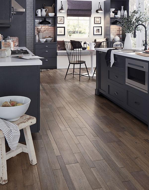 Popular Kitchen Cabinet Colour Ideas Trends Flooring Canada